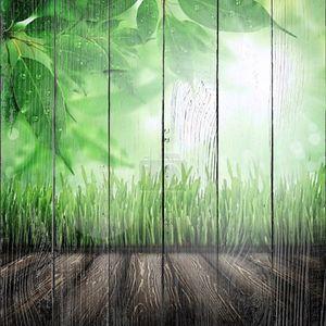 деревянная доска в поле трава