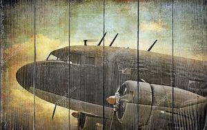 Старый военный истребитель