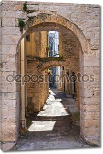 Arch of St. Chiara. Acquaviva delle Fonti. Puglia. Italy.