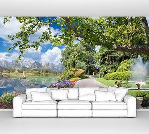 Парк с живописными улочками и фонтаном