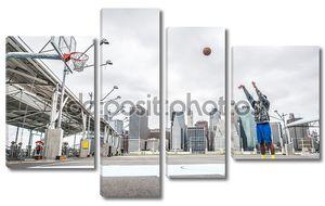 Баскетбол игрок подготовки выстрела на суде
