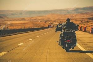 Байкер езда мотоцикл