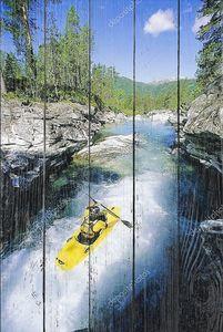Каякер на реке