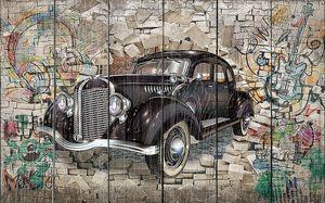 Ретро автомобиль на фоне граффити