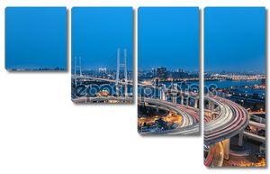 Красивая спираль в Кривой Мост подход