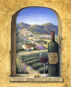Вино на окне с видом на горы