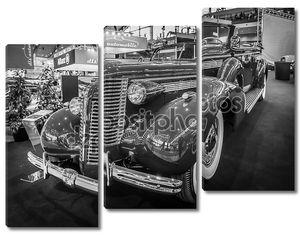 Full-size car Buick Roadmaster Convertible, 1938.