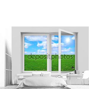 Открыл окно с красивым ландшафтом позади