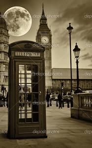 Винтаж сепия изображение Биг Бен в Лондоне с типичной красной телефонной будки