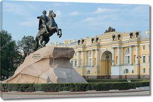 Вид на статую Медного всадника в Санкт-Петербурге