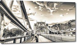 Лондонский мост башни в сумерках