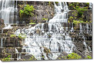 Водопад во Вьетнаме