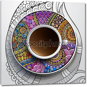 Чашка кофе на разноцветном блюдце