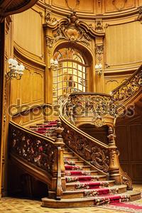 старая деревянная лестница