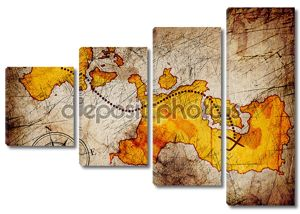 Карта сокровищ с компасом