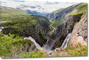 Voringsfossen водопады вблизи Хардангервидда в Норвегии