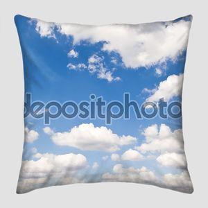 Перспектива неба с облаками