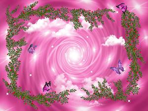 Розовая воронка на небе