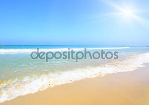 Пляж и солнце