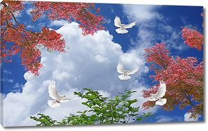 Голуби в кронах деревьев