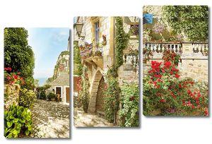 Солнечный городок с яркими цветами