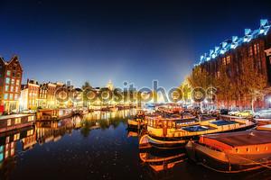 Ночь в Амстердаме