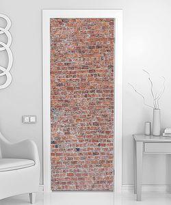 Стена из мелкого кирпича