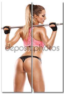 Ницца сексуальная женщина делает тренировки с большой Гантель, ретушью