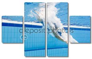 Женщина погружается в бассейн