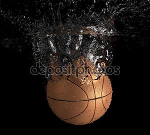Баскетбол упал в воду
