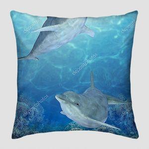 Счастливые дельфины