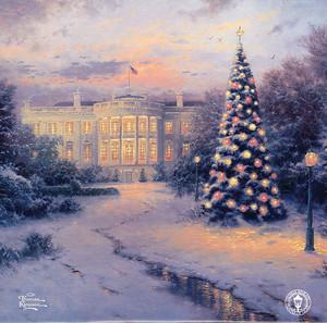 Фреска с зимним пейзажем и елками