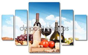 Натюрморт с вином и продуктами питания