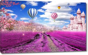 Розовый замок у лавандового поля
