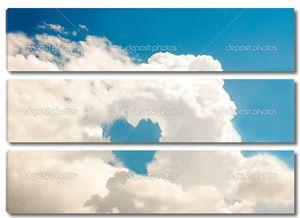 Сердце и голубое небо облака