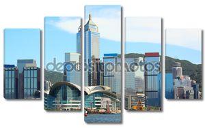Город Гонконг в день