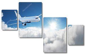 Самолет в небе Самолет пассажирский авиалайнер