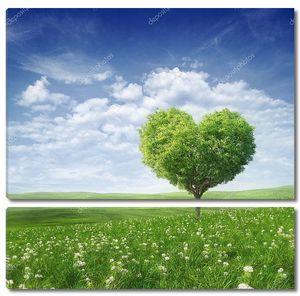 Зеленое дерево в форме сердца