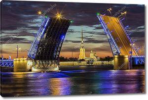 Санкт-Петербург разбавленный Дворцовый мост