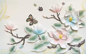 Нежно голубые и розовые цветы на ветке