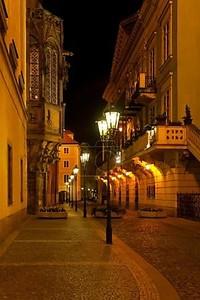 Пустые улицы ночных Прага
