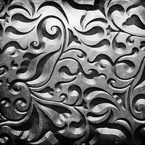 Серебряная металл с классическим орнаментом