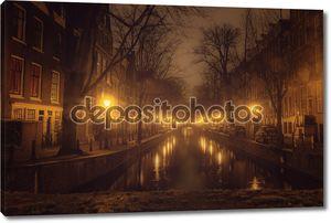 Амстердам канал в ночное время