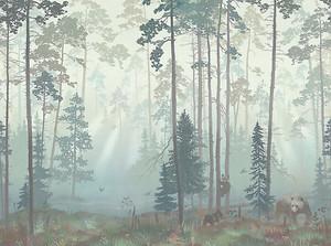 Мишки в хвойном лесу