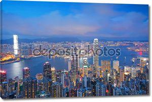 Панораму Гонконга от пика Виктории на рассвете