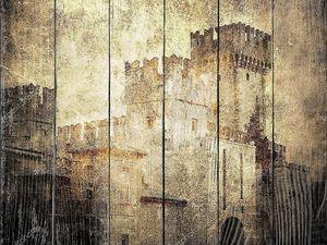 Старый замок сепия