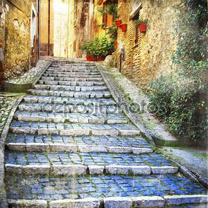 очаровывание улиц старых деревень Средиземноморья