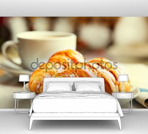 Завтрак с круассанами