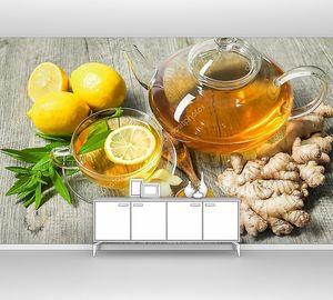чашку имбирного чая с медом и лимоном