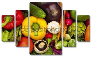 Хрустящий летних овощей